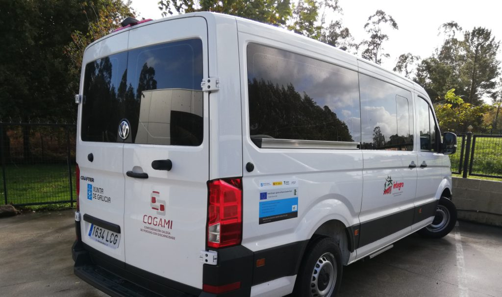 Íntegro amplía su servicio de transporte con un nuevo vehículo adaptado de nueve plazas